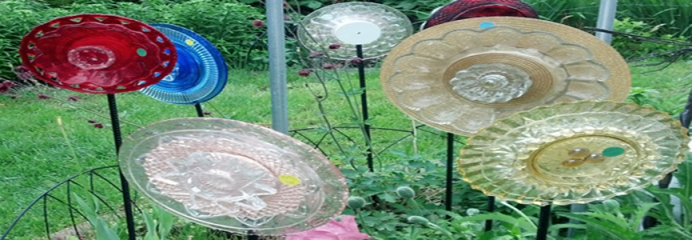 Glimmering garden gems - Recycled glass for gardens ...